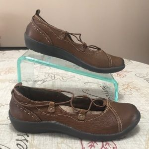 Earth Origins London Leather Shoes Size 7.5 M